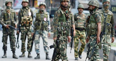 encounter between terrorists and security forces in shopian