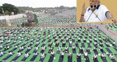 pm narendra modi reached ranchi for 5th international yoga day