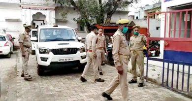योगी सरकार में डकैत लूट ले गए थाना..आगरा (Agra Case) की घटना पर क्या बोले अखिलेश…